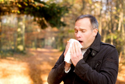 10.8.15 Flu vs Allergies Image Man Sneezing